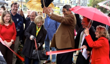 ribbon_cutting_2_sm